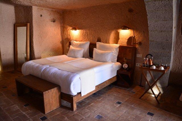 Millstone-Cave-Suites