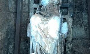 """Türkiye'nin """"yerinde bulunan"""" ilk heykeli Ana Tanrıça Kibele"""