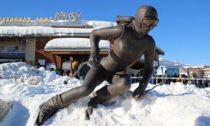 Bulgaristan'ın Karlı Dağları Bansko Kayak Merkezi