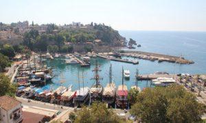 Antik kentler, kumsallar, dört mevsim parlayan güneş: Antalya