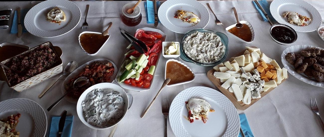 Akdeniz Köyü