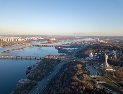 Kiev – Dinyeper Nehri'nin Aydınlattığı Kent