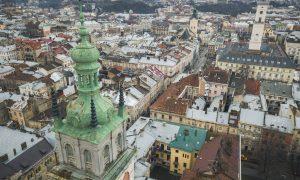 Lviv – Tarih & Hızlı Gece Hayatı İçiçe