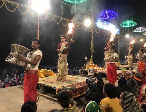 Aarti (Ganga Aarti) Törenleri