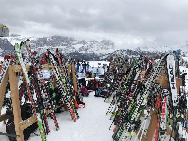 Alpler'de kayak | Küçük Dünya - Gezi Rehberi