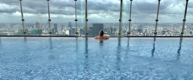 Vinpearl Luxury Landmark 81 Pool