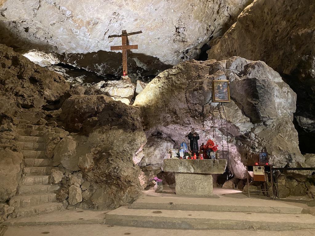 Lübnan Aziz Antonius Manastırı | Küçük Dünya Gezi Rehberi