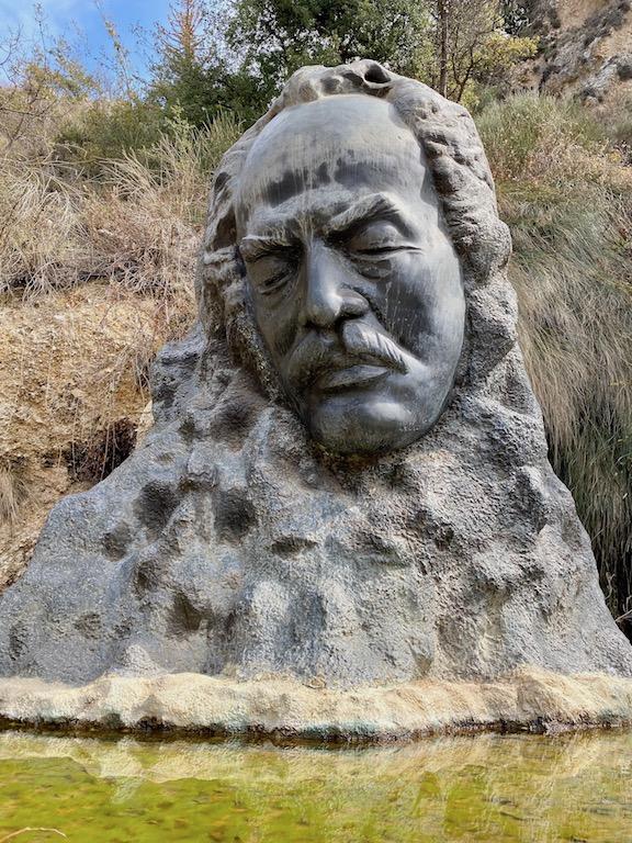 Lübnan Khalil Gibran | Küçük Dünya Gezi Rehberi