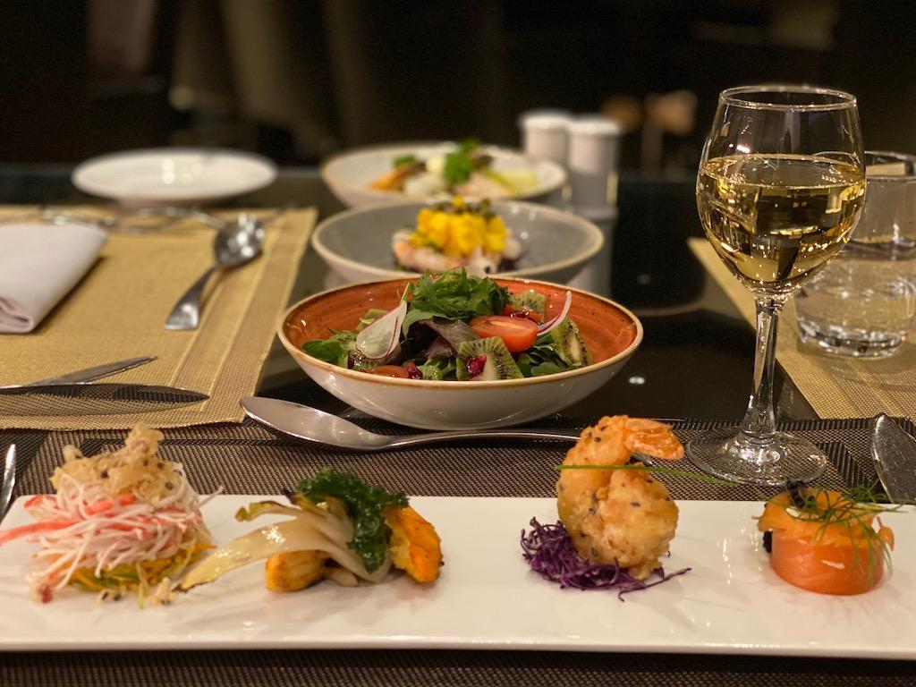 Lübnan Olive Garden Restaurant | Küçük Dünya Gezi Rehberi