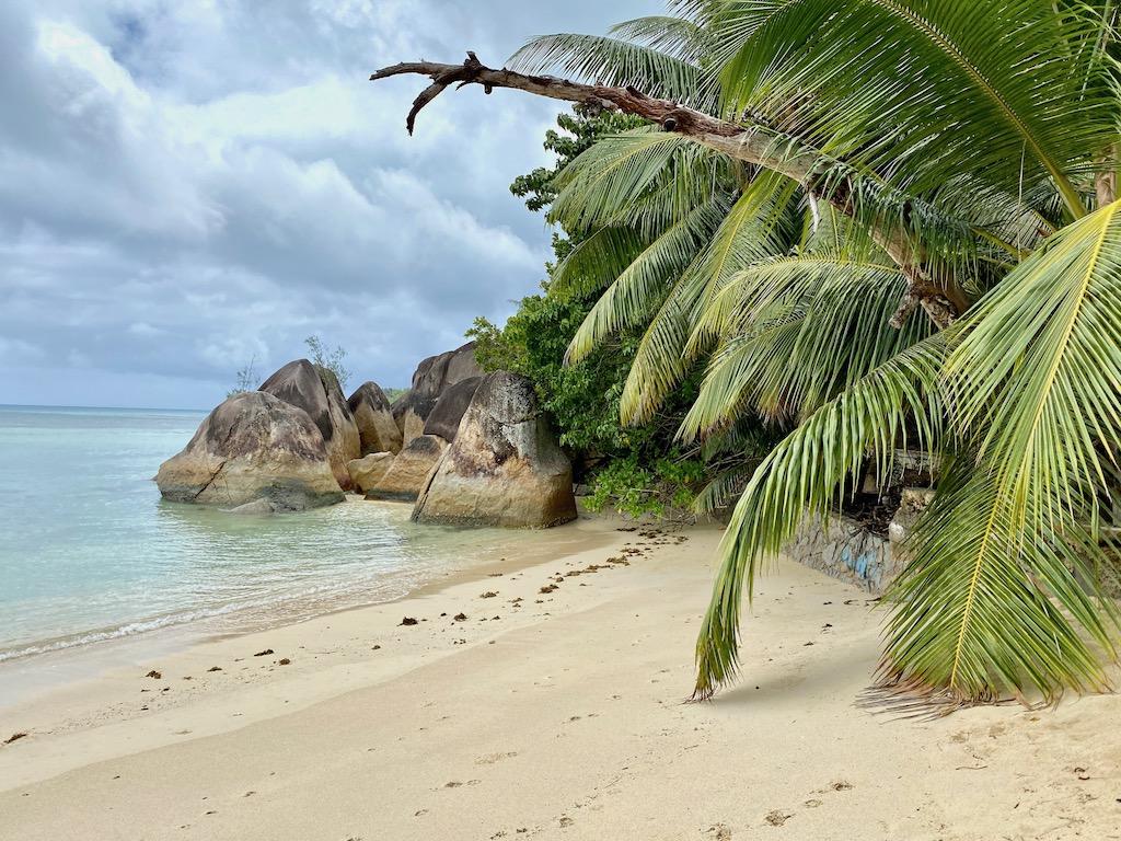 Praslin Adası